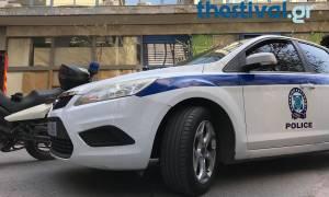 Θεσσαλονίκη: Έλουσε συμβολαιογράφο με βενζίνη και απειλούσε να αυτοπυρποληθεί (video)