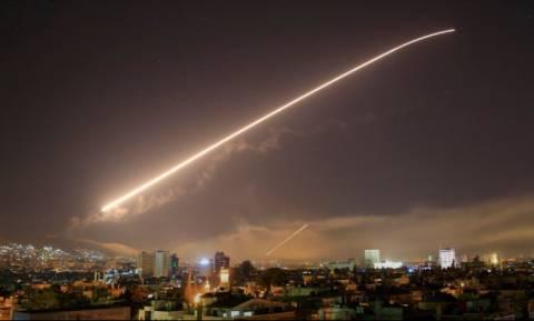 Πόλεμος Συρία: Δείτε καρέ – καρέ την αναχαίτιση αμερικανικού πυραύλου (Vid)