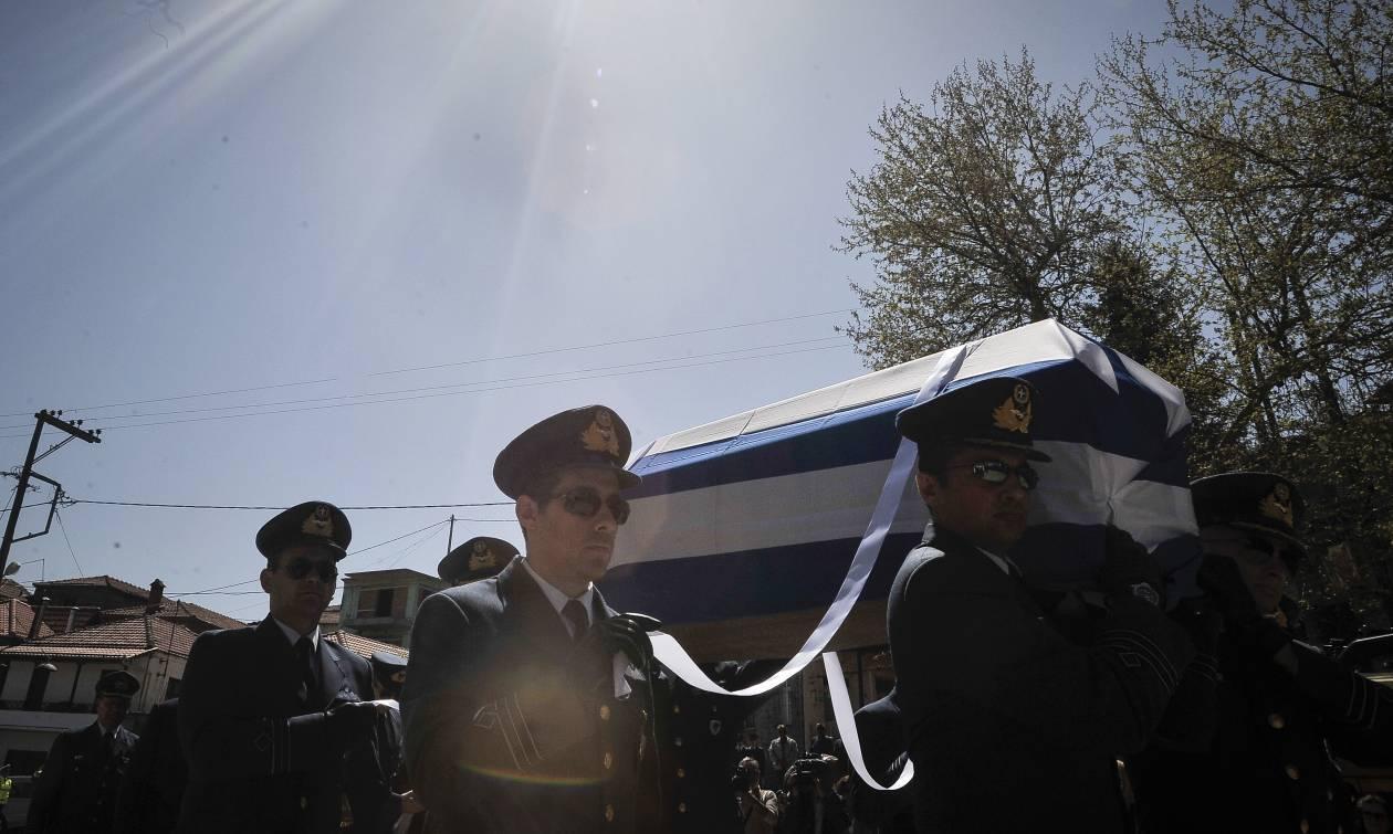 Κηδεία Γιώργου Μπαλταδώρου: «Ράγισε» καρδιές το μήνυμα της συζύγου και των παιδιών του