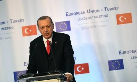Die Welt: Η Τουρκία κάνει μεγάλα βήματα μακριά από την ΕΕ