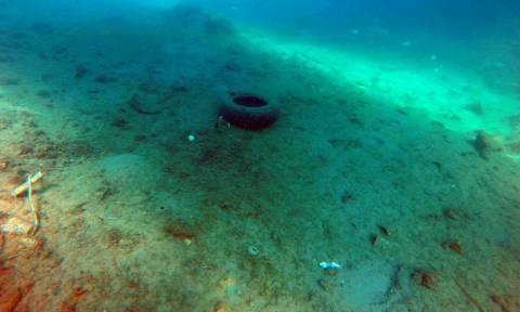 Ναύπλιο: Δείτε με ποιο τρόπο καθάρισε ο βυθός στο Τολό (pics)