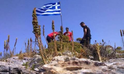 «Έτσι βάλαμε τη σημαία στο Μικρό Ανθρωποφά - Θέλαμε να τιμήσουμε τον ήρωα Γιώργο Μπαλταδώρο» (vid)