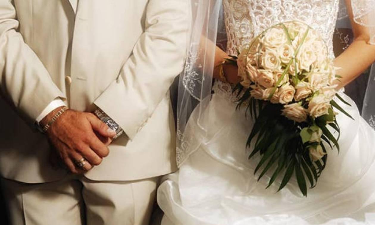 ΣΟΚ σε γάμο στην Κρήτη: Πνίγηκε μπροστά στη νύφη και το γαμπρό