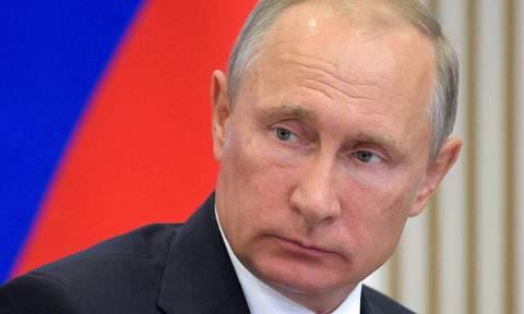 Ρωσία: Έκτακτη σύσκεψη για την οικονομία συγκαλεί ο Πούτιν