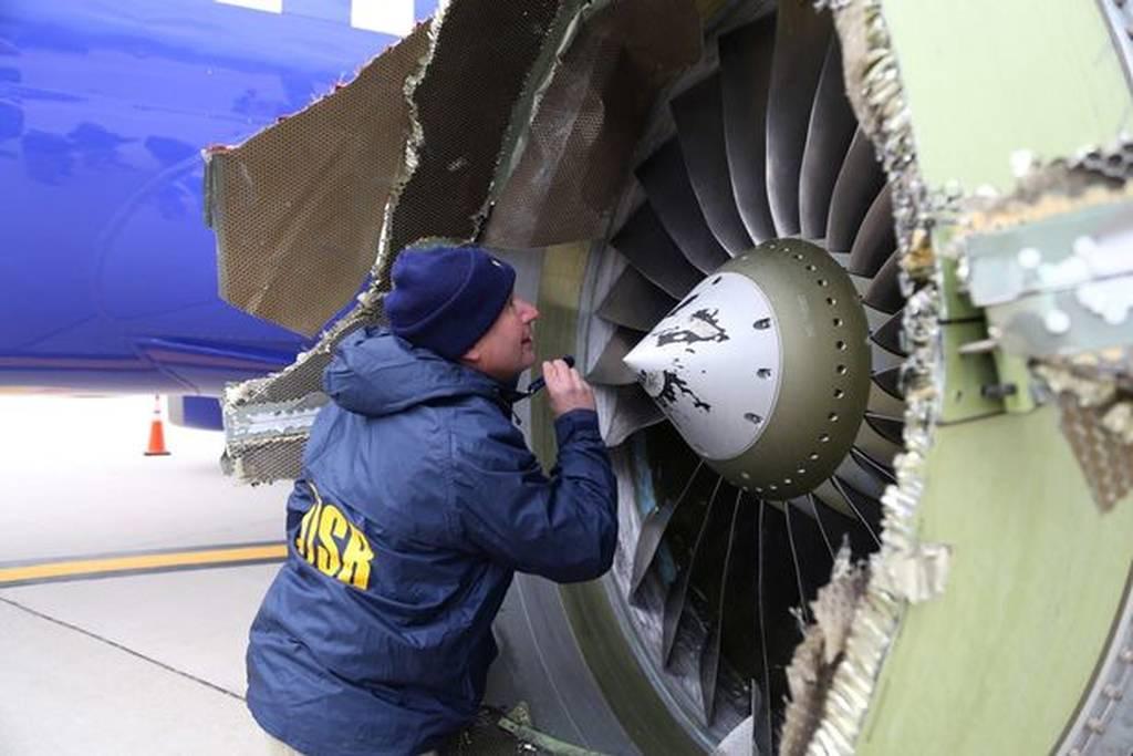 Έκρηξη σε αεροπλάνο: Φρικτός θάνατος γυναίκας – Τη «ρούφηξε» το σπασμένο παράθυρο