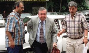 Τουρκία: Δολοφονήθηκε ο πρώην υπουργός Εθνικής Άμυνας (ΠΡΟΣΟΧΗ! ΣΚΛΗΡΕΣ ΕΙΚΟΝΕΣ)