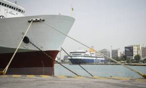 Απεργία ΠΝΟ: Έως την Παρασκευή δεμένα τα πλοία στα λιμάνια