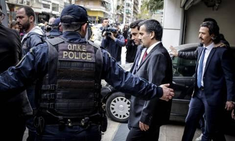 Τουρκικά ΜΜΕ: «Σκανδαλώδης η απόφαση του ΣτΕ για τους Τούρκους αξιωματικούς» (vid)