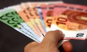 ΑΑΔΕ: «Ξεμπλοκάρουν» τραπεζικοί λογαριασμοί για συνεπείς φορολογούμενους