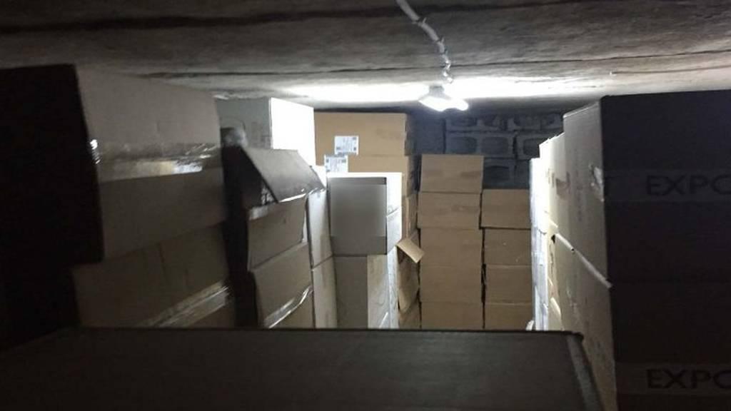 Έξι συλλήψεις για λαθρεμπόριο καπνού - Κατασχέθηκαν πάνω από 116.000 πακέτα τσιγάρα! (pics)