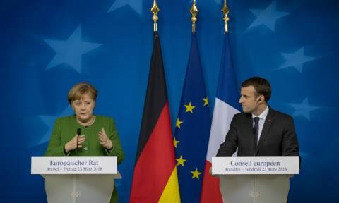 Τριγμοί στο γαλλογερμανικό άξονα: «Πάγος» από Μέρκελ στις προτάσεις Μακρόν για την ΕΕ