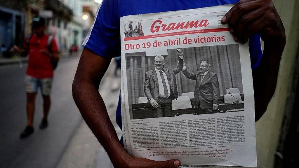 Στην αυγή μιας νέας εποχής: Ο νέος πρόεδρος της Κούβας δεν είναι σαν τον Κάστρο (Pics+Vids)