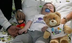 Χαραμάδα ελπίδας για τον μικρό Άλφι: Πήρε ιταλική υπηκοότητα και μια δεύτερη ευκαιρία ζωής