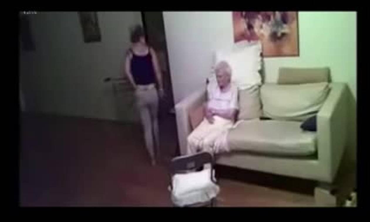 Έβαλε κρυφή κάμερα στο σπίτι της μάνας της. Όταν είδε τι είχε καταγράψει έπαθε σοκ (vid)