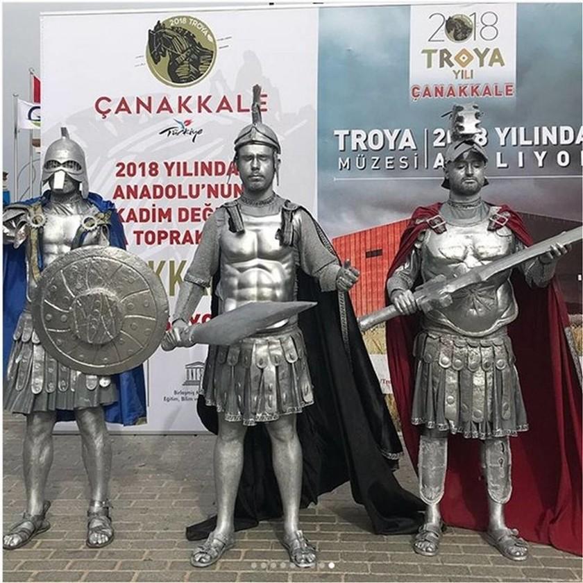 Η τουρκική προπαγάνδα στο… απόγειό της: Ανακήρυξε το 2018 σε «έτος Τροίας»! (pics+vids)