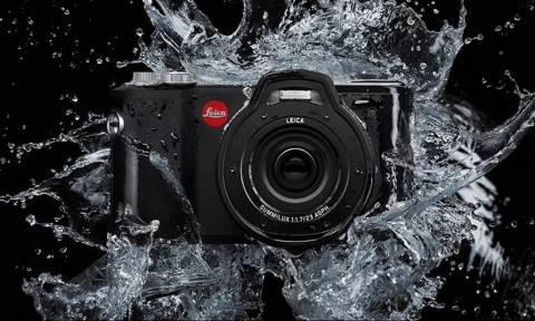 Αυτή η φωτογραφική μηχανή «κάνει παπάδες» μέσα στη θάλασσα! (pic)
