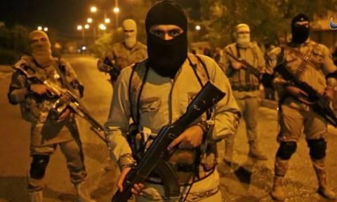 Ο τρόμος του ISIS επέστρεψε: Δημοσίευσαν σοκαριστικό βίντεο με την εκτέλεση δικηγόρων