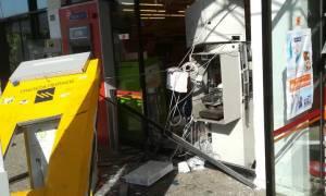 Βόμβα σε ΑΤΜ Σούπερ Μάρκετ στην Άνοιξη (pics)