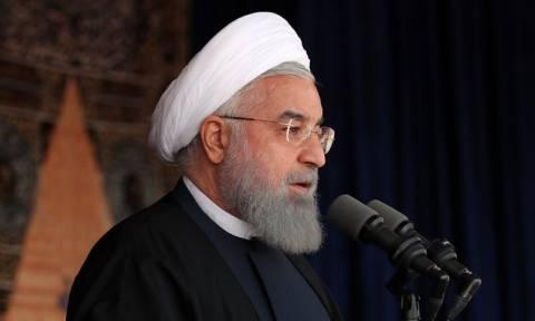 Ροχανί σε Μακρόν: Η πυρηνική συμφωνία του Ιράν δεν είναι διαπραγματεύσιμη