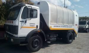 Τραγωδία στην Τήνο: Απορριμματοφόρο έπεσε σε γκρεμό - Δύο νεκροί