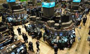 Mε πτώση έκλεισε η Δευτέρα στη Wall Street