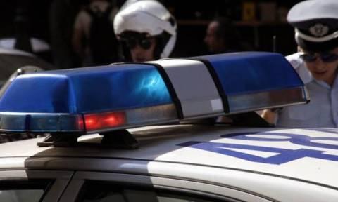 Επεισόδια στο κέντρο της Αθήνας - Πετροπόλεμος στο Πολυτεχνείο μεταξύ αντιεξουσιαστών κι αστυνομίας