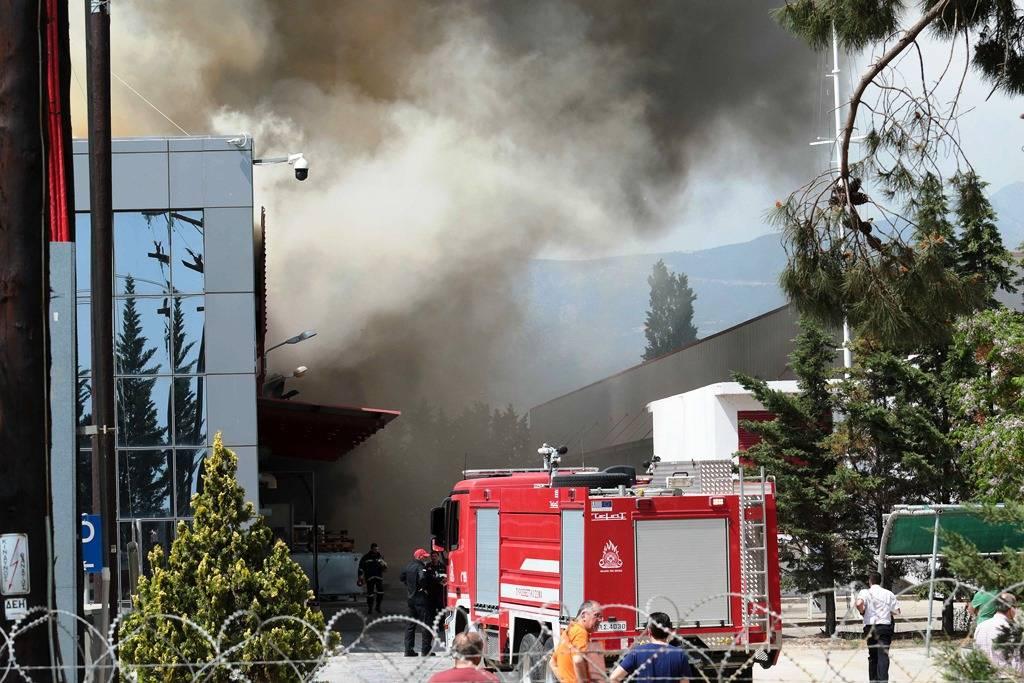 Ξάνθη: Υπό έλεγχο η μεγάλη πυρκαγιά στο εργοστάσιο μπαταριών, σύμφωνα με την εταιρεία