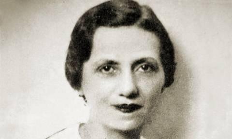 Σαν σήμερα το 1887 γεννήθηκε η διακεκριμένη Ελληνίδα ηθοποιός Μαρίκα Κοτοπούλη