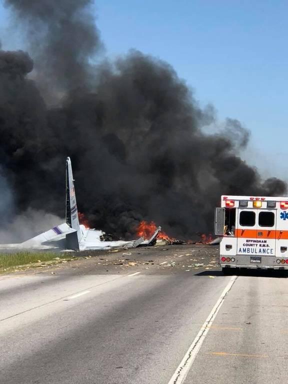 ΕΚΤΑΚΤΟ: Συναγερμός στις ΗΠΑ: Συνετρίβη στρατιωτικό αεροπλάνο C-130 (Pic+Vid)