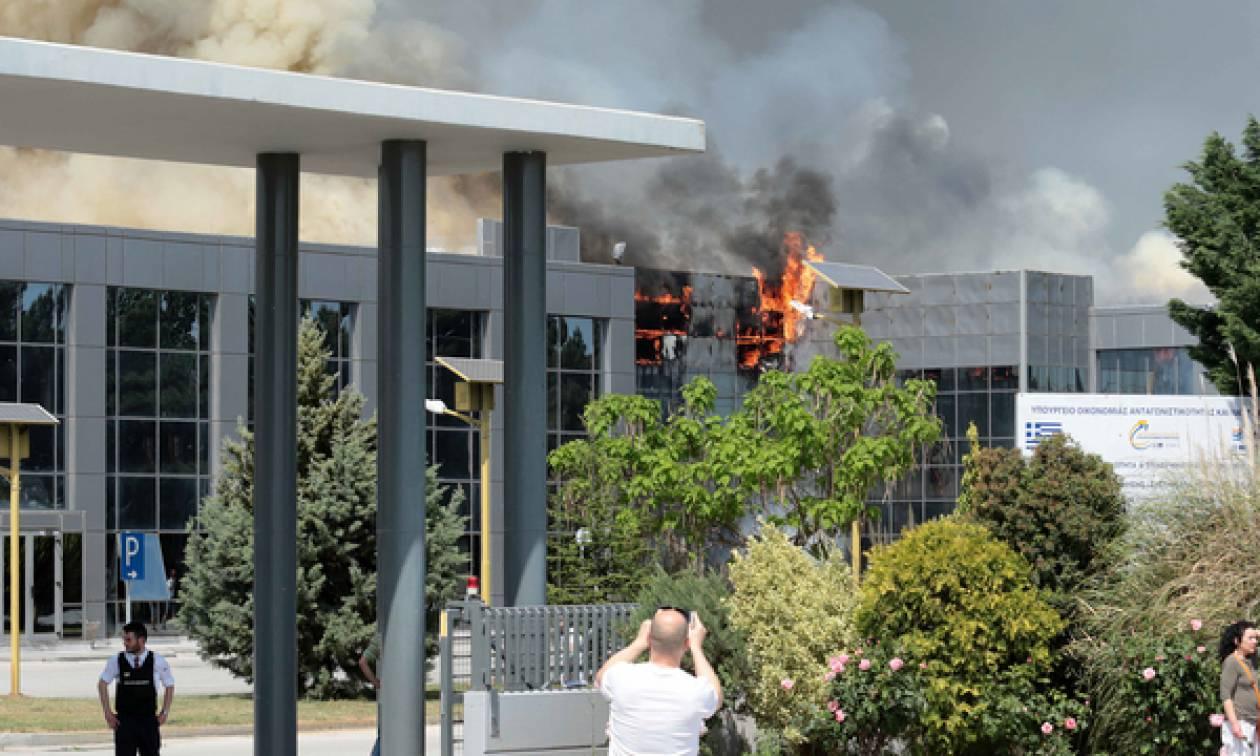 Ξάνθη: Κλειστά και σήμερα (3/5) τα σχολεία μετά την πυρκαγιά στο εργοστάσιο στο Όλβιο