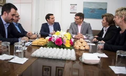 Στη Λήμνο ο Τσίπρας: Συνάντηση με τον δήμαρχο και φορείς της Μύρινας