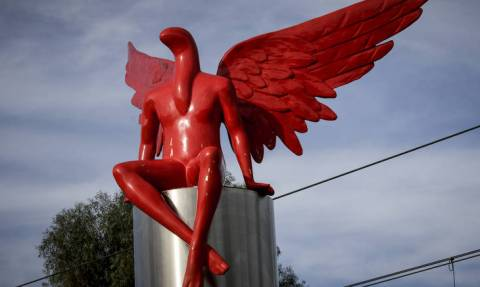Phylax: Δε φαντάζεστε πού βρίσκεται σήμερα το άγαλμα που προκάλεσε σάλο στο Παλαιό Φάληρο