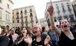 Θύελλα αντιδράσεων στην Ισπανία για την αποφυλάκιση βιαστή μετά την αθώωση των «λύκων»