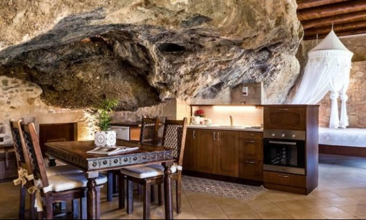 Κρήτη: Το μαγικό σπιτάκι-σπηλιά που κάνει θραύση στο Airbnb! (pic)