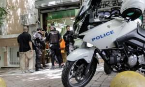 Πυροβολισμοί στην Αθήνα: Οι πρώτες εικόνες από το αιματηρό επεισόδιο στην πλατεία Βικτωρίας