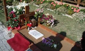 Συγκλονιστικό θαύμα πάνω στον τάφο του Αγίου Παϊσίου!