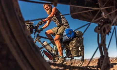 Μυστήριο με το θάνατο δύο ποδηλατών που εντοπίστηκαν σε χαράδρα (Pics+Vid)