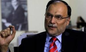 Απόπειρα δολοφονίας κατά υπουργού στο Πακιστάν: Τον πυροβόλησαν και γλίτωσε!