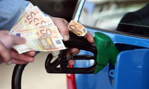 «Φωτιά» οι τιμές των καυσίμων: Δείτε πού έφτασαν αμόλυβδη και πετρέλαιο (pics)