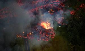 Κόλαση λάβας στη Χαβάη: Πέτρες, φωτιά και δηλητηριώδη αέρια ξερνάει το ηφαίστειο Κιλαουέα (Pics+Vid)