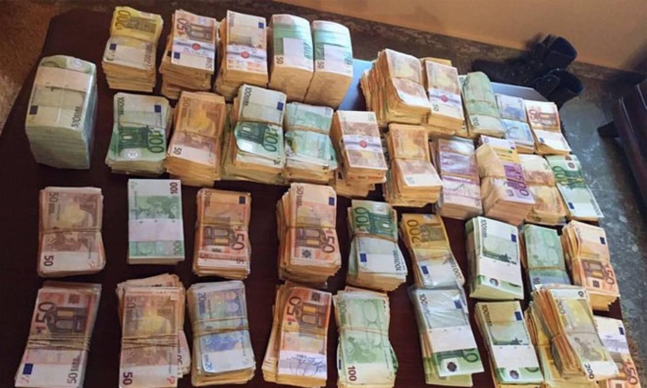 Σάλος στη Λευκάδα με τη Βραζιλιάνα οικιακή βοηθό και το... θησαυρό των 200.000 ευρώ!