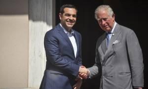 Στην Αθήνα ο πρίγκιπας Κάρολος και η Καμίλα - Επαφές με Παυλόπουλο και Τσίπρα
