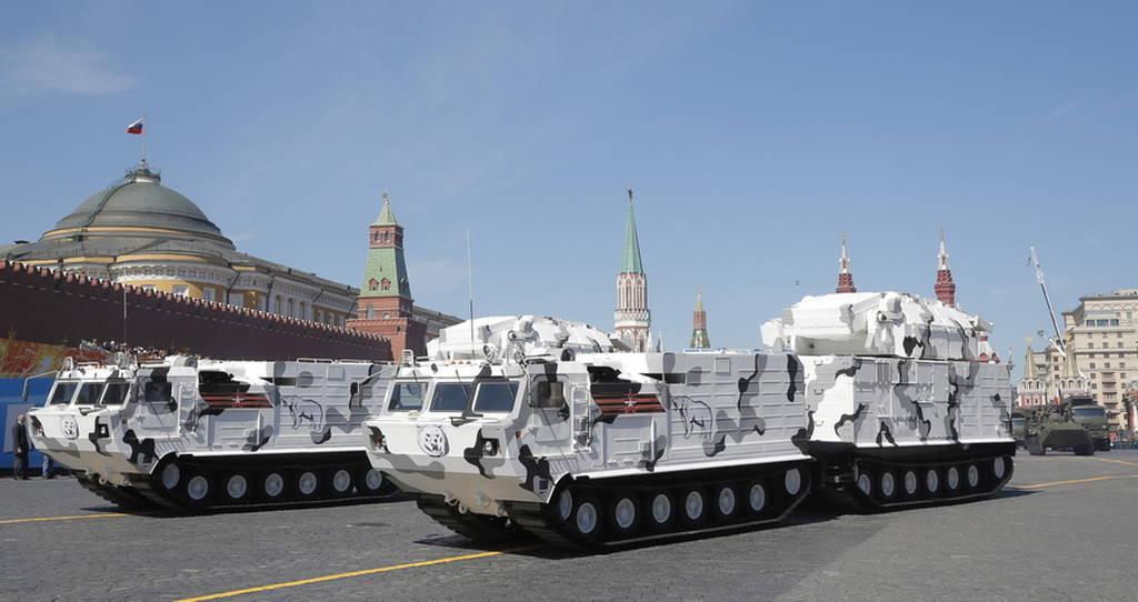 Ρωσία - Μόσχα: Δείτε LIVE την παρέλαση στην Κόκκινη Πλατεία για τη νίκη κατά των Ναζί