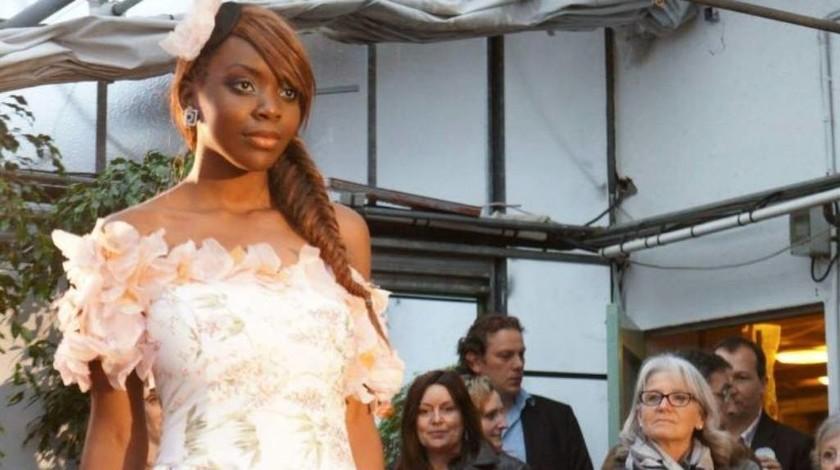 Σάλος στη Γαλλία: Μέλη των πρώτων βοηθειών την χλεύαζαν καθώς άφηνε την τελευταία της πνοή (Vid)