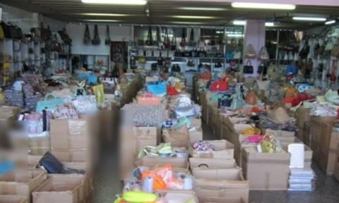 Θεσσαλονίκη: Βρέθηκαν και κατασχέθηκαν πάνω από 14.000 προϊόντα «μαϊμού»