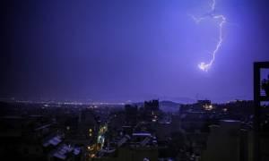 Καιρός – Νέο ΕΚΤΑΚΤΟ δελτίο από την ΕΜΥ: Πού θα «σκάσει» η μετεωρολογική βόμβα