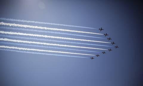 Στο θωρηκτό «Αβέρωφ» ο πρίγκιπας Κάρολος - Εντυπωσιακή αεροπορική επίδειξη προς τιμήν του (pics)