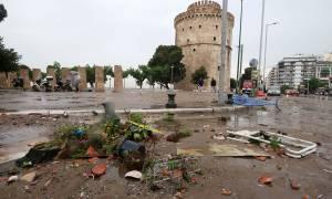 Εικόνες καταστροφής στη Θεσσαλονίκη: Χωρίς νερό και ρεύμα μέχρι την Παρασκευή