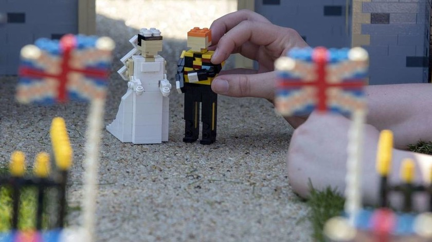 του Πρίγκιπα Χάρι και της Μέγκαν Μαρκλ τώρα και σε… Lego (pics)