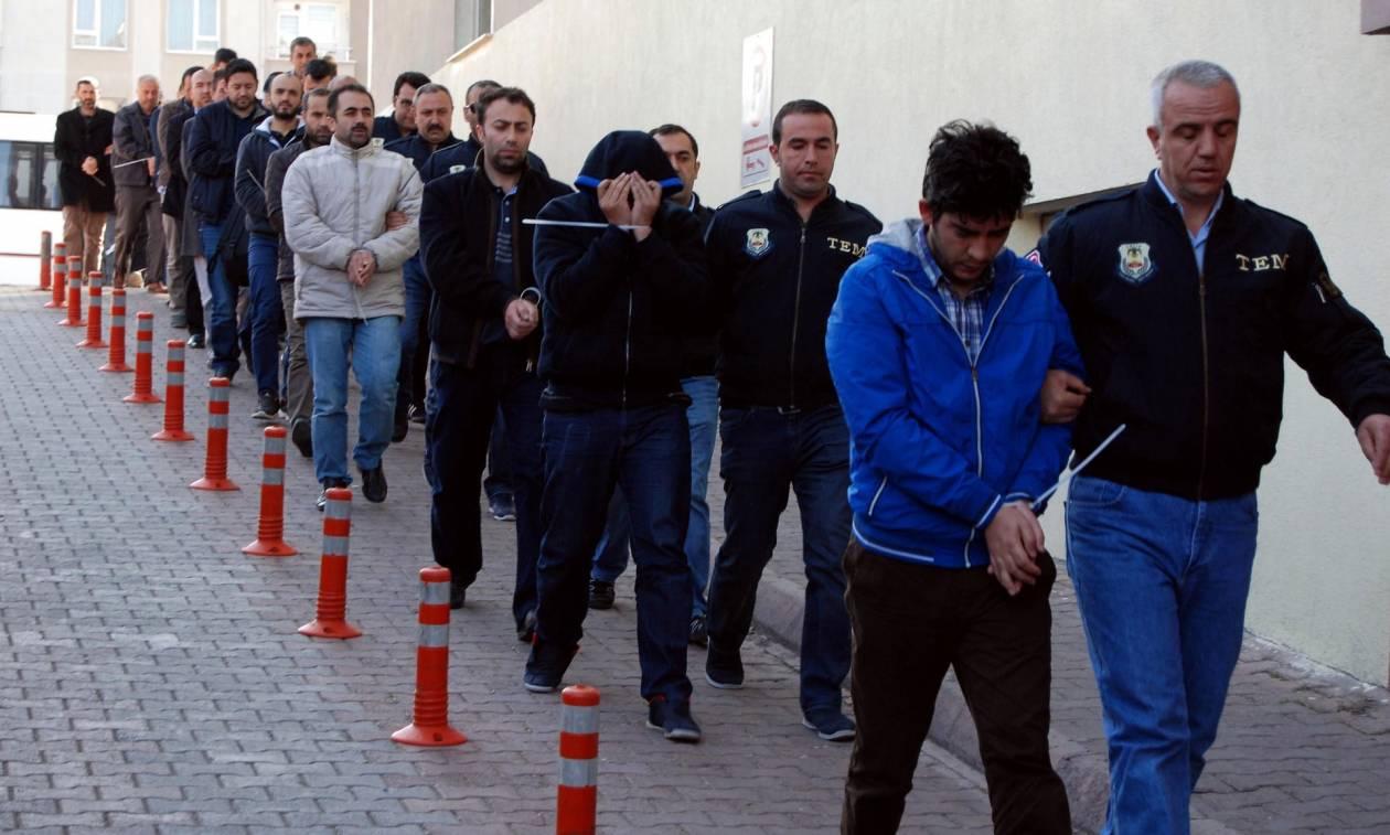 «Ξέφυγε» πάλι ο Ερντογάν: Έβαλε να συλλάβουν τουλάχιστον 300 άτομα